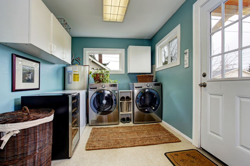 7 Fun Laundry Room Decorating Ideas - GoodPrints.com